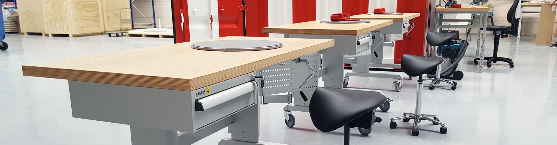 Sovella Nederland Treston assemblage werktafel met handmatige verstelling en multiplex tafelblad