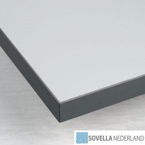 Sovella Nederland Treston workshop tafelblad met plastic top - bezoek onze showroom voor meer informatie