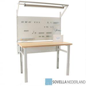 Sovella Nederland BV treston workshop werkbank met verlichting en gereedschapsbord - bezoek onze showroom